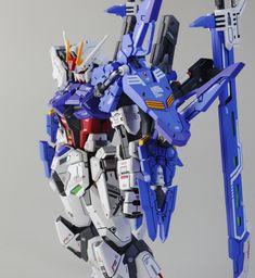 1/100 Two-Strike Gundam - Customized Build     Modeled by  zzzang65