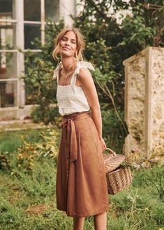 Sézane – Amandine Skirt – Outfit Inspiration & Ideas for All Occasions Boho Fashion, Fashion Outfits, Womens Fashion, Fashion Ideas, Spring Summer Fashion, Spring Outfits, Beautiful Outfits, Cute Outfits, Mode Plus