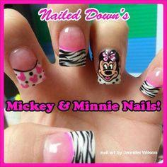 Disney Nails Minnie Mouse