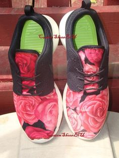 Red and Black Large Roses Printed Roshes   Eshays, LLC
