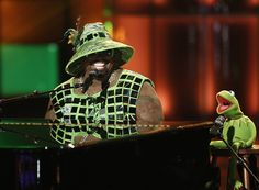 The Muppets visit #TheVoice tonight, including a performance by CeeLo Green and Kermit the Frog!