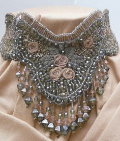 Antique Green/Pink embroidered lace necklace