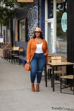 plus size herbstmode 60 Best Spring Outfits Casual 2019 For Pluz Size Women - Fashion and Lifestyle Curvy Girl Outfits, Curvy Girl Fashion, Look Fashion, Trendy Fashion, Womens Fashion, Fashion Night, Affordable Fashion, Street Fashion, Fashion Beauty