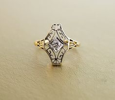 Antique Art Deco Filigree Ring - 14K Green Gold and Diamond