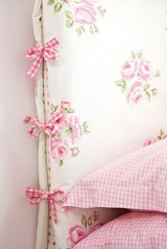 blossoms & bliss - pink headboard cover in shabby chic white with pink roses and gingham ties at the sides - sweet! Purple Home, Shabby Chic Bedrooms, Shabby Chic Decor, Girls Bedroom, Bedroom Decor, 60s Bedroom, Bedroom Bed, Design Bedroom, Headboard Cover