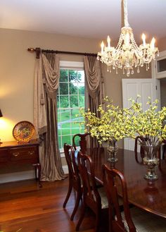 elegant dining room window treatment  gorgeous  #Home #DiningRoom ༺༺  ❤ ℭƘ ༻༻
