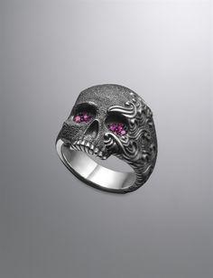 David Yurman | Men | Rings: Waves Skull Ring