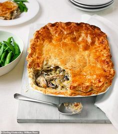 Make the most of autumn with Mary Berry: Traditional chicken, leek and mushroom pie - Sound Health and Lasting Wealth Chicken And Leak Pie, Chicken And Mushroom Pie, Mary Berry Chicken Pie, Mary Berry Cooks, Leek Recipes, Chicken Recipes, Leek Pie, Savoury Baking, Bread Baking