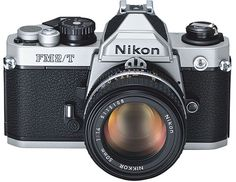 New set of specifications and US price for the retro-styled Nikon FX DSLR camera - Nikon Rumors Old Cameras, Vintage Cameras, Photography Tools, Photography Equipment, Nikon Film Camera, Nikon Df, New Set, Retro Fashion, Intelligent Design