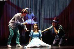 http://www.claudiagrohovaz.com/2017/01/alice-esce-la-sera-sempre-al-teatro.html