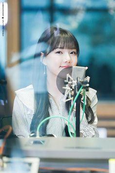 Kpop Girl Groups, Korean Girl Groups, Kpop Girls, Kim Ye Won, Jung Eun Bi, G Friend, Korean Singer, South Korean Girls, Rapper