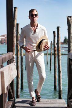 # Men's wear # mode homme # fashion for men # men's fashion Stylish Men, Men Casual, Casual Wear, Mode Bcbg, Mode Man, Mens Fashion Blog, Fashion Menswear, Fashion Fashion, Fashion Tips