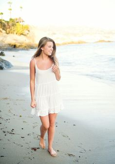 Senior pictures on the beach