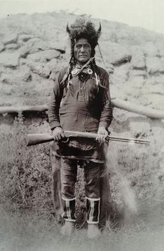 'Holding Eagle' Mandan Buffalo Society, antique Native American portrait.