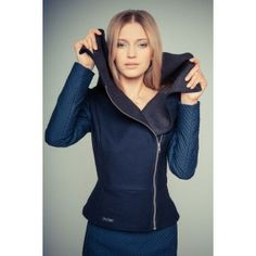 Gosia Strojek - jacket with large collar