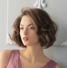 Voluminous Brown Vintage Hair
