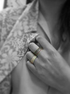 Eternità è quando si ama anche solo per un secondo #eternel #anelli #zirconi #gold