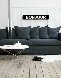 the bonjour