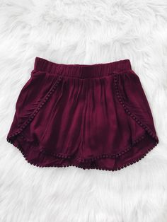 Pom Pom Hem Shorts (Burgundy) More- I love how cozy these are! Perfect shorts to wear around the house Pom Pom Hem Shorts (Burgundy) from Shop Devi. Shop more products from Shop Devi on Wanelo. FREE shorts pattern and Style Ideas (Diy Clothes Shorts) Any Shorts Diy, Sewing Shorts, Sewing Clothes, Pastel Outfit, Pom Pom Shorts, Summer Outfits, Cute Outfits, Summer Shorts, Diy Kleidung