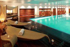 Pool at hotel Adriana