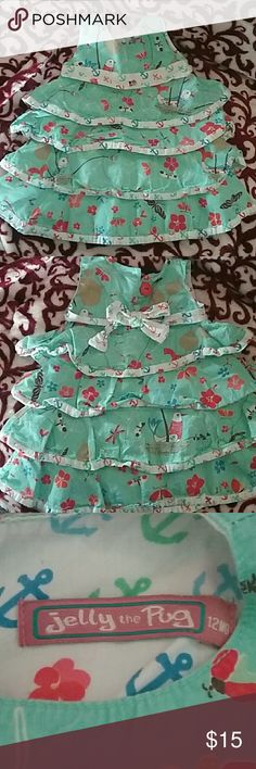 🌹🌹🌹Sale🌹🌹🌹Jelly the Pug  dress Adorable looking print.  Birds, flowers, and butterflies.  Very good condition. Jelly the Pug Dresses