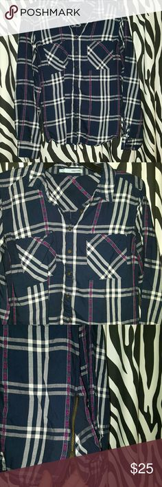 Maurices flannel shirt This shirt was worn twice. Very stylish shirt. Has side zippers Maurices Tops Button Down Shirts
