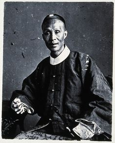 1873. A CANTONESE MANDARIN OFFICIAL. ILLUSTRATIONS OF CHINA AND ITS PEOPLE. PHOTO BY JOHN  THOMSON. SOURCE WELLCOMECOLLECTION.ORG