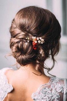 Peinados con flores 2017