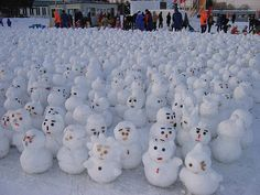 snowmen by Gen Kanai // Snowkids made by kids in Hokkaido at the Winter Festival in 2004.