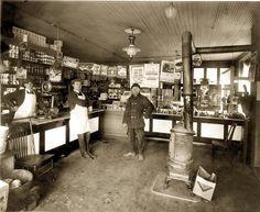 Great general store scene in Detroit, Michigan c. 1922