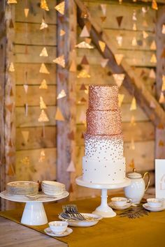 Rose Gold cakes are ideal for glamorous Winter weddings and parties.  Image via www.weddingchicks.com