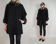 Etsy の Persian Lamb & Mink fur Swing Coat by NOIROHIOVINTAGE