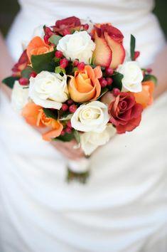 Bouquet de mariée original à la forme ronde