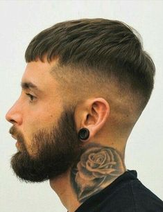 20 Best French Crop Hairstyles + Styling Guide & Products You Need Mens Medium Length Hairstyles, Cool Hairstyles For Men, Haircuts For Men, Bowl Haircuts, Hairstyles Haircuts, French Hairstyles, Female Hairstyles, Brunette Hairstyles, Medium Hair Styles