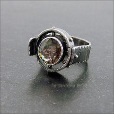 Оригинальное кольцо с турмалином.