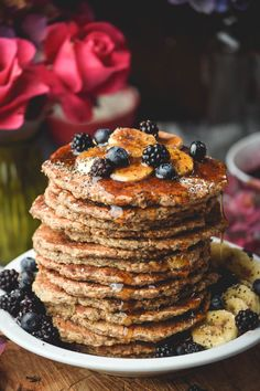 Chia Oat Banana Pancakes (Vegan and Gluten Free) - Pancake Recipes Yummy Pancake Recipe, Vegan Pancake Recipes, Vegan Recipes, Yummy Food, Gluten Free Baking, Vegan Baking, Vegan Gluten Free, Gluten Free Recipes, Banana Oat Pancakes