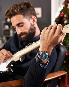 Technické darčeky pre mužov – teraz online v Tchibo! Smart Watch, Sport, Fashion, Moda, Smartwatch, Deporte, Fashion Styles, Sports, Fashion Illustrations
