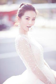 Liu Shi Shi ~ beautiful bride (March 2016)