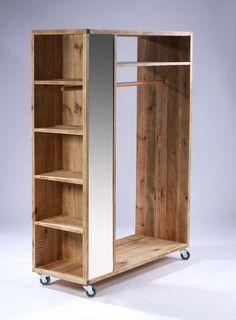 Best Indoor Garden Ideas for 2020 - Modern Diy Pallet Furniture, Furniture Projects, Furniture Decor, Home Projects, Furniture Design, Bedroom Closet Design, Closet Designs, Wardrobe Furniture, Pallet Wardrobe