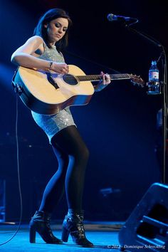 Amy Macdonald... love her style!