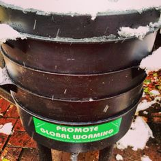 Winter Worm Composting - 6 Ways to Keep your Worm Farm Warm in a Cold Climate.   #4 is my new favorite!