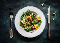 Photograph Colorful summer salad with nectarines and edible flowers. by crazy cake on Eat Seasonal, Mouth Watering Food, Food Photography Tips, Flower Food, Crazy Cakes, Edible Flowers, Food Waste, Base Foods, Summer Salads