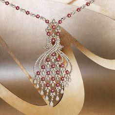 Buhajar - Buhajar Collection Diamond Necklace Simple, Diamond Pendant, Diamond Necklaces, Pendant Set, Diamond Earrings, Emerald Necklace, Ruby Jewelry, Bridal Jewelry, Diamond Jewellery