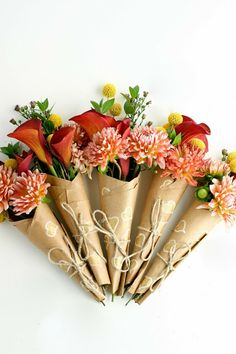 flax & twine: Spread Some Surprise Love - How to Wrap A Mini-Bouquet of Thanks DIY