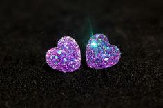 Le chouchou de ma boutique https://www.etsy.com/ca-fr/listing/276640352/boucles-doreilles-coeur-faux-cristaux-de