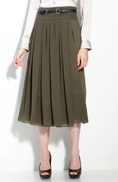 long chiffon skirt with belt. Work Fashion, Modest Fashion, Fashion Outfits, Womens Fashion, Modest Outfits, Cool Outfits, Dress Skirt, Midi Skirt, Khadra