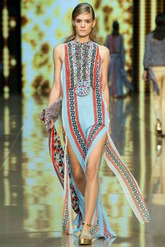 Just Cavalli Spring 2015 Ready-to-Wear - Collection.