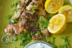 Marinade Sauce, Greek Recipes, Main Meals, Barbecue, Food To Make, Salads, Pork, Food And Drink, Cooking Recipes