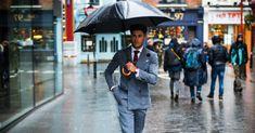 Ett paraply är så mycket mer än bara skydd mot regnet… Vill du addera något extra till din outfit? Har du funderat på ett paraply? Ja att bära ett paraply som accessoar kan faktiskt addera en helt ny dimension till din outfit på ett väldigt smakfullt sätt. Missförstå mig rätt, jag pratar inte om att …