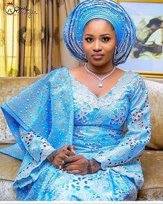 Stunning Bride @lbvmakeovers  #asoebispecial #asoebi #speciallovers #makeup #wedding @lbvmakeovers  @royal_images